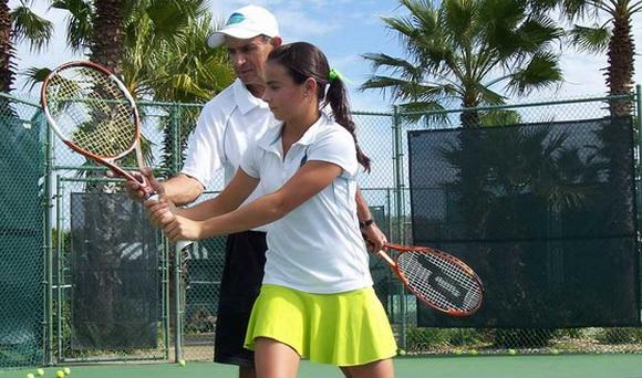Học tennis giá rẻ tại Hà Nội