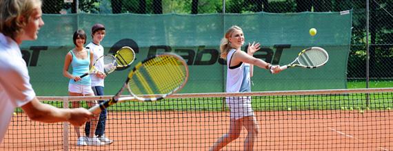 Dạy tennis tại quận Tây Hồ