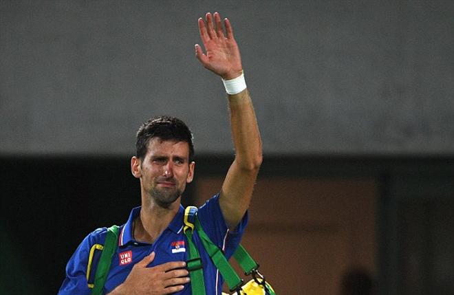 Djokovic đẫm lệ trong ngày mở màn quần vợt đơn nam Olympic